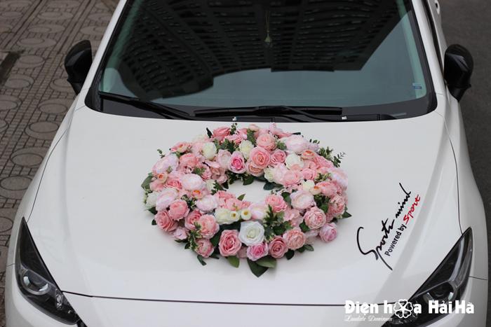 Mua hoa giả trang trí xe cô dâu vòng tròn hoa lụa cao cấp