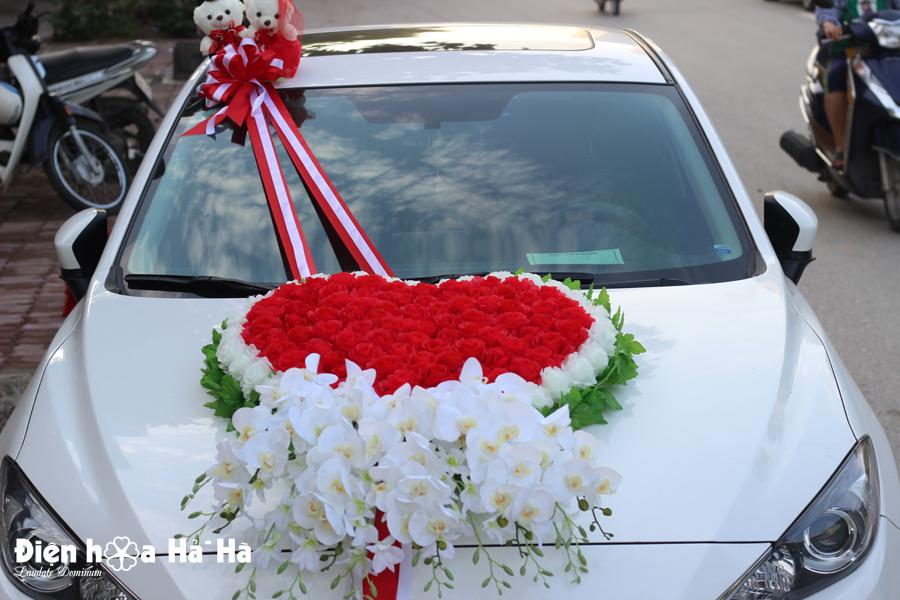 Địa chỉ bán bộ hoa lụa kết xe cưới mẫu hoa HOT nhất năm 2018