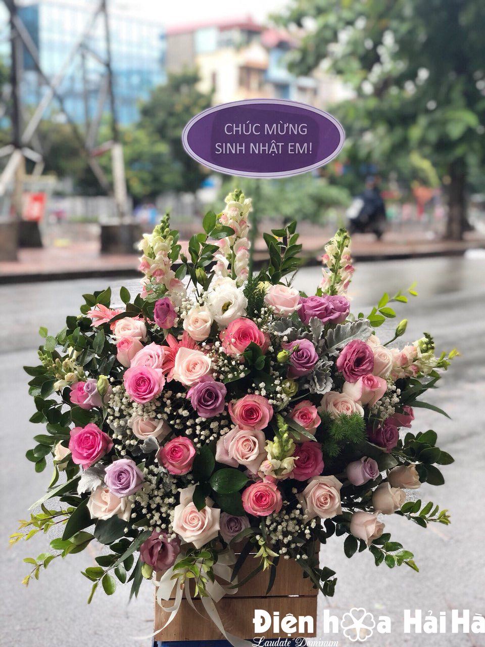 Giỏ hoa đẹp tặng chúc mừng