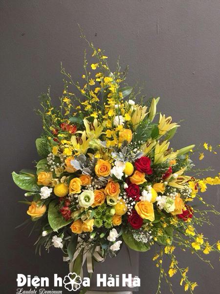 Giỏ hoa ngày 20-10 tặng chị em phụ nữ