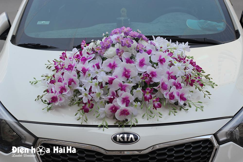 Bộ hoa lụa kết xe cưới hoa lan tím trắng