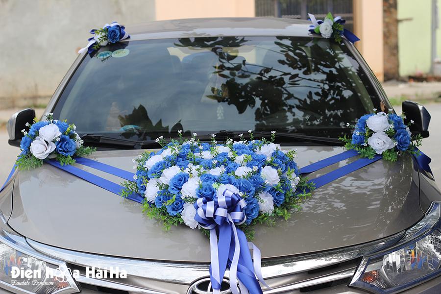 Bộ hoa gắn xe cưới hoa hồng xanh