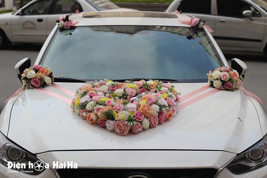 Bộ hoa lụa kết xe cưới cao cấp hình trái tim