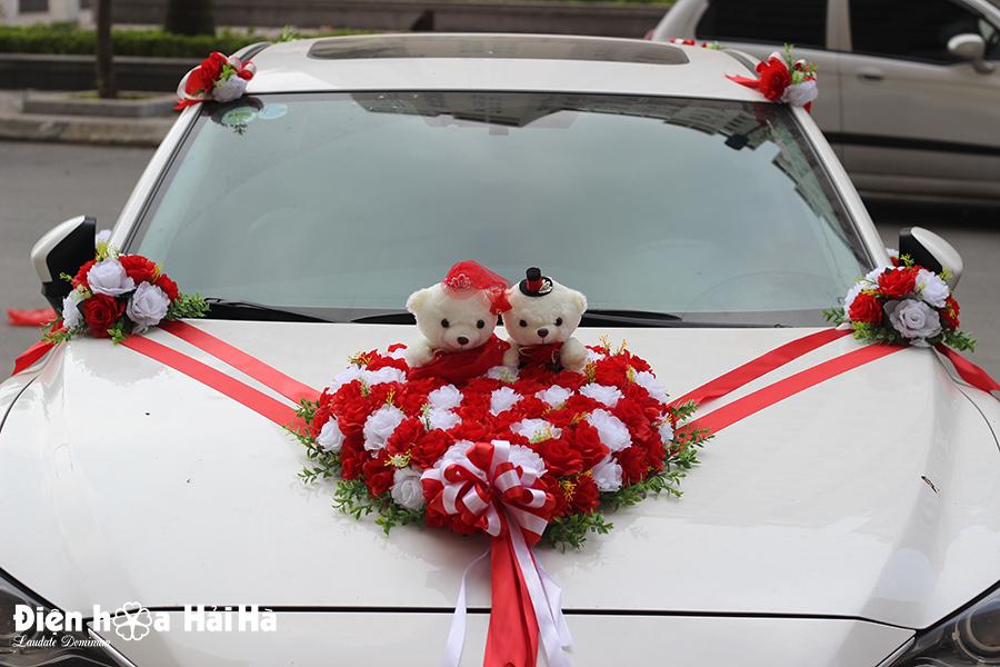 Địa chỉ bán bộ hoa kết xe cưới giá rẻ hồng đỏ hồng trắng