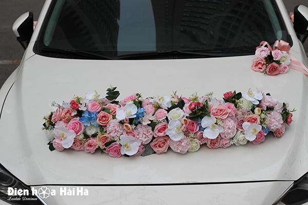 Bộ hoa lụa trang trí xe cao cấp thiết kế mới năm 2019