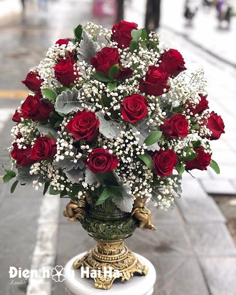 Bình hoa hồng đỏ nhập ECUADOR