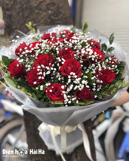 Bó hoa hồng đỏ đẹp ngày 8/3 tặng chị em