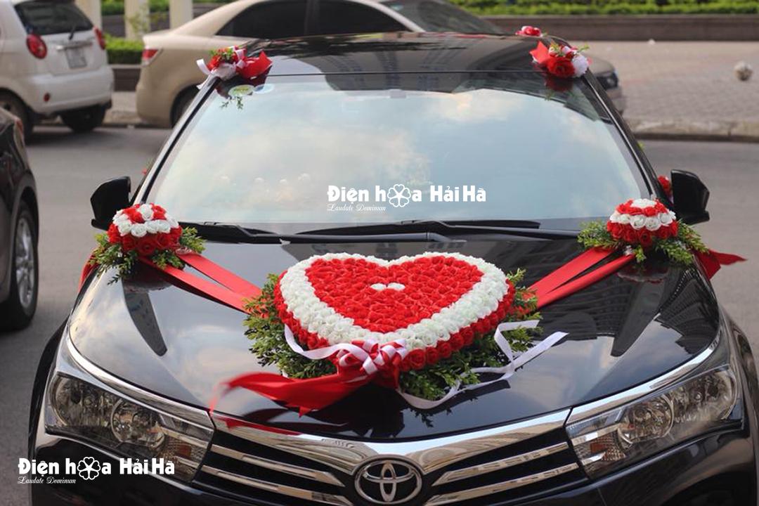 Mẫu hoa giả trang trí xe cưới Hoa Tường Vy không gấu