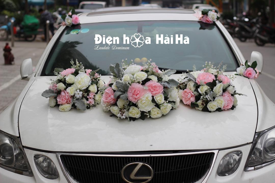 Hoa giả trang trí xe cưới – hoa xe cưới 3 cụm
