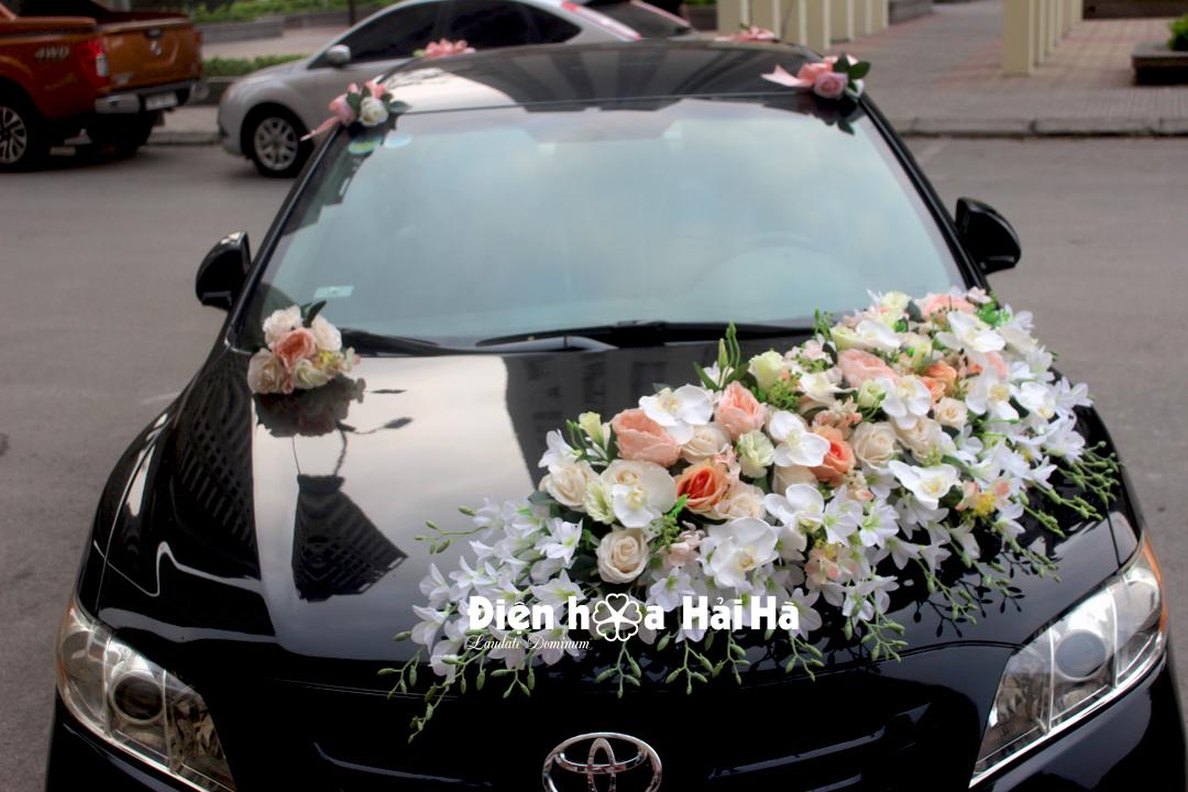 Hoa giả cho xe cưới bộ hoa lan hồ điệp