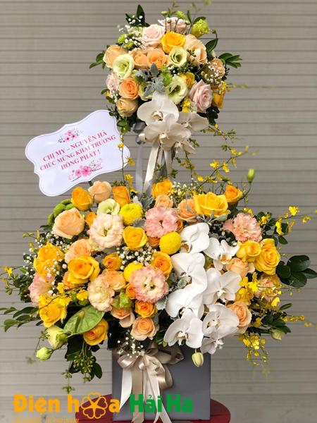 Giỏ hoa tặng ngày 20/10 hoa cho tình yêu ấm áp