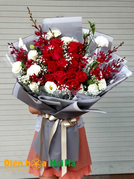 Bó hoa hồng đỏ nhập ngày 20/10đáng yêu