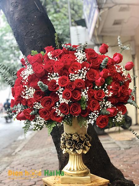 Bình hoa 99 bông hoa hồng đỏ – Mãi mãi yêu vợ