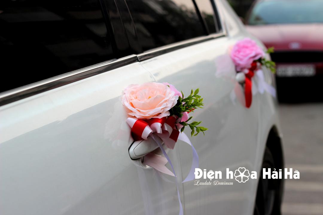 Bộ hoa lụa trang trí xe cưới 2020- Hình vòng cung