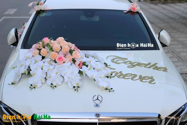 Hoa lụa trang trí xe cưới hồ điệp thanh lịch