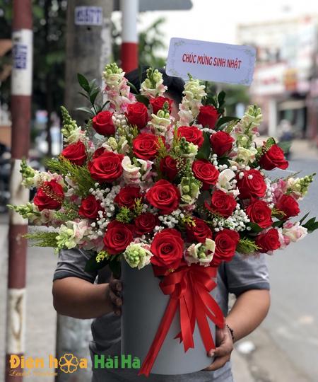 Hộp hoa đẹp tặng ngày Báo chí VN