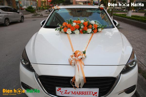 Hoa lụa trang trí xe cưới mầu cam 2020