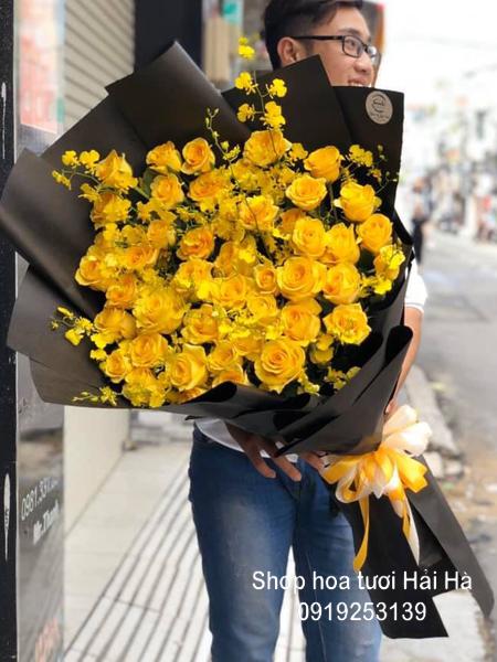 Bó hoa tặng ngày 20/10 sang trọng