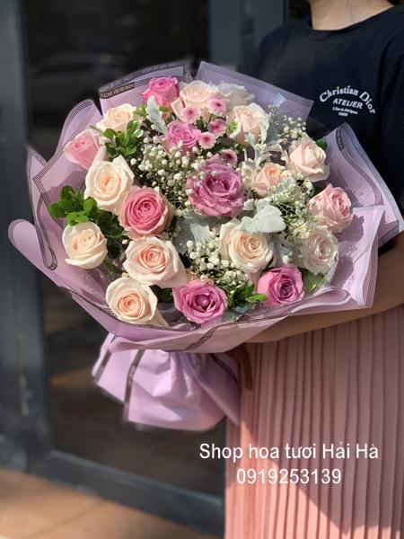 Bó hoa 20-10 tặng phụ nữ nhẹ nhàng
