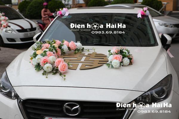 Hoa lụa gắn xe cưới năm 2021 hoa kèm chữ song hỷ