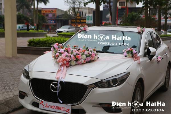 Bộ hoa lụa trái tim trang trí xe cưới 2020 hoa trái tim sang trọng