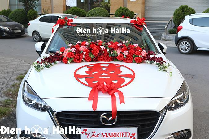 Bộ hoa xe cưới bằng lụa chữ hỷ đỏ hiện đại HOT 2021