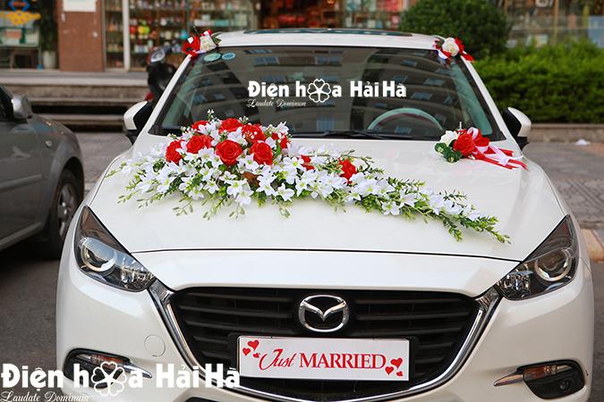 Mua bộ hoa lụa xe cưới đẹp mẫu 2021