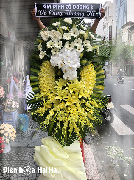 Vòng hoa tang lễ giá rẻ lan vàng đồng tiền trắng