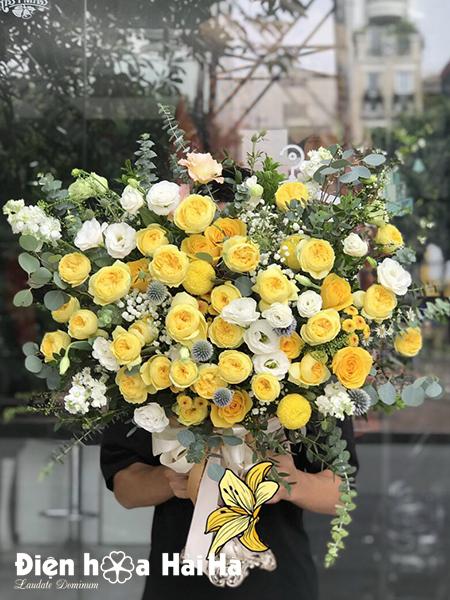 Bình hoa sinh nhật hồng vàng – Khoe sắc