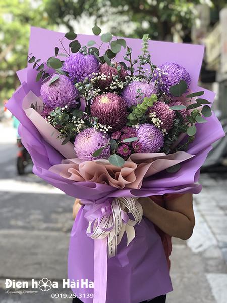 Bó hoa cúc mẫu đơn tím – Huyền bí
