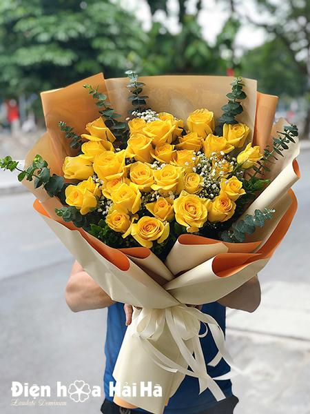 Bó hoa tặng ngày 20/11 hồng vàng – Tươi Sáng