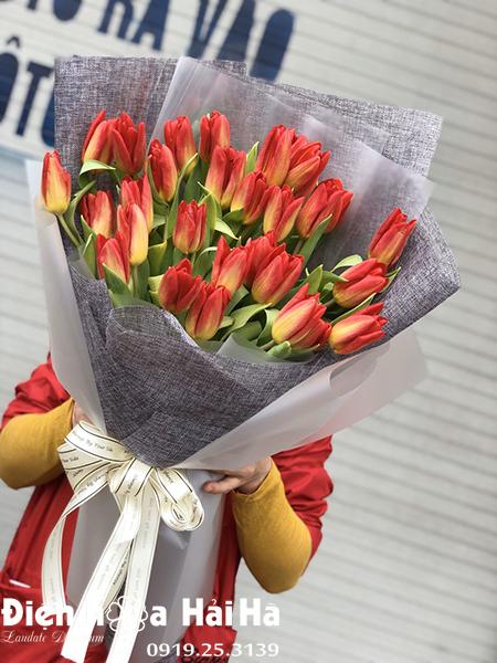Bó hoa sinh nhật Tulip cam 30 bông – Thấu hiểu