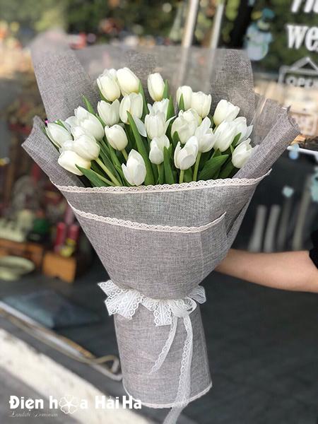 Bó hoa sinh nhật Tulip trắng 30 bông – Thanh tao