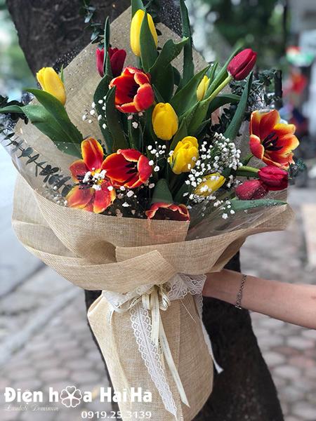 Bó hoa Tulip đẹp – Sang chảnh