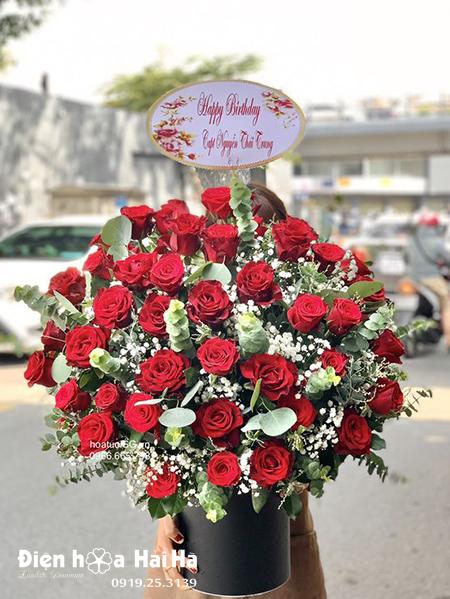 Giỏ hoa hồng đỏ đẹp – Vương giả