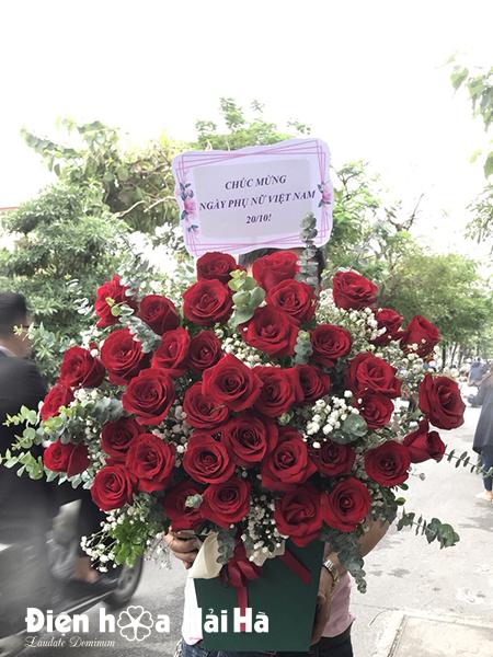 Giỏ hoa mừng sinh nhật hồng đỏ – Tình yêu trọn vẹn