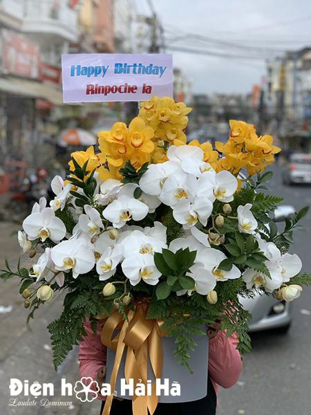 Giỏ hoa sinh nhật sang trọng – Thành đạt