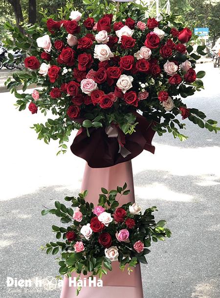 Hoa mừng khai trương cửa hàng hồng đỏ giá rẻ