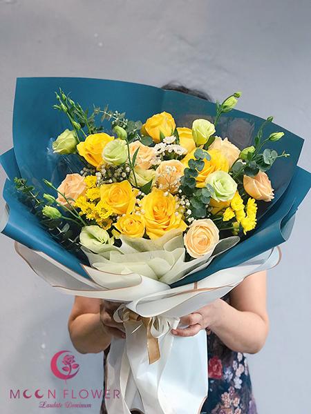 Bó hoa ngày 20/11 hồng vàng – Hân Hoan